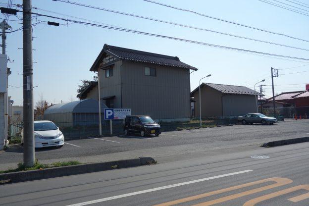 埼玉県越谷市弥十郎/東武スカイツリーライン・大袋駅から1.6Km、片側1車線の道路に面した敷地面積400坪超の物件